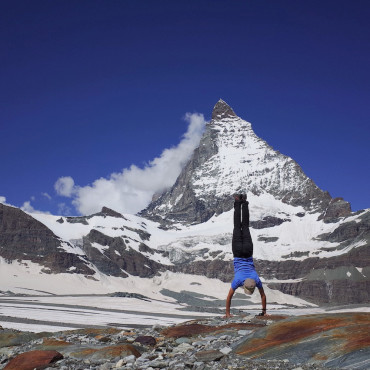 スイスの名峰マッターホルンと一緒に